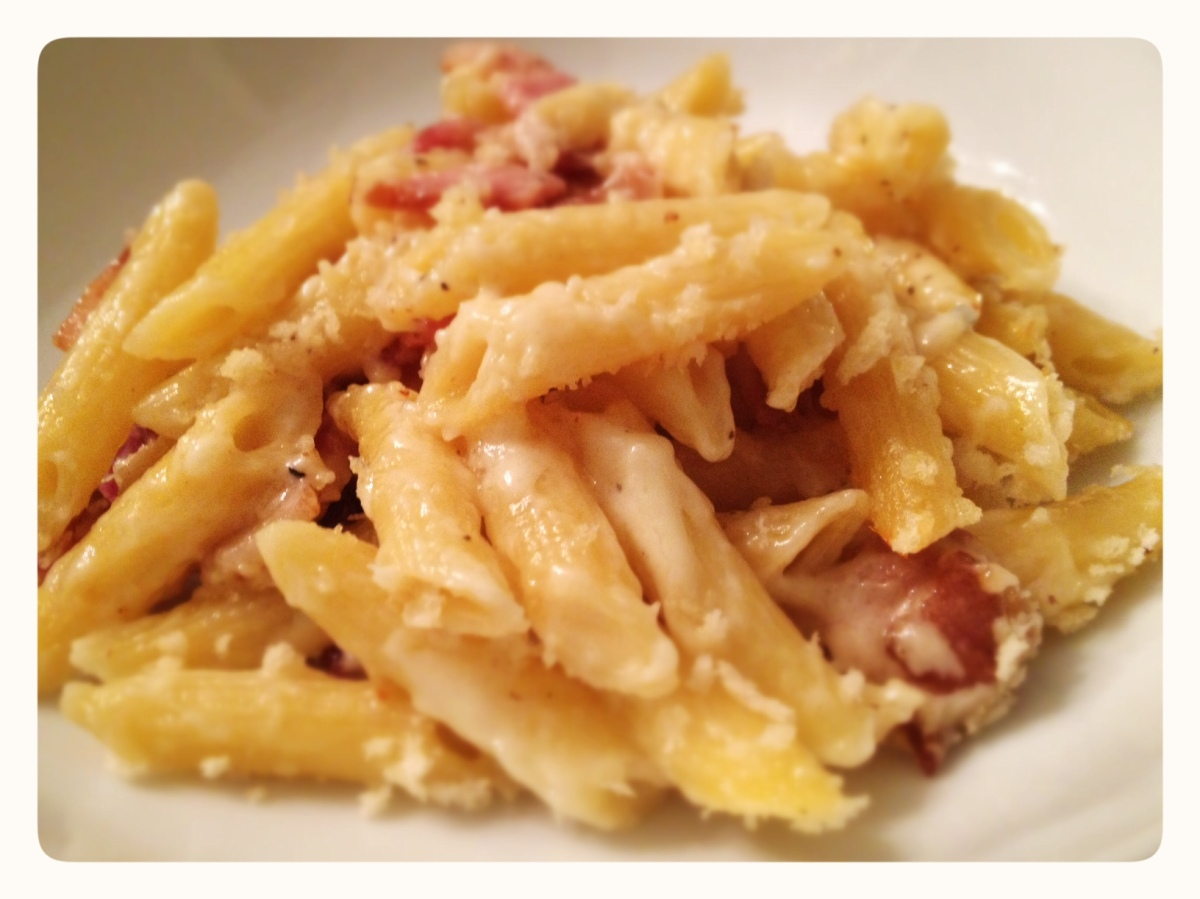 Macaroni and Cheese with Bacon Plated | Pot of Roses