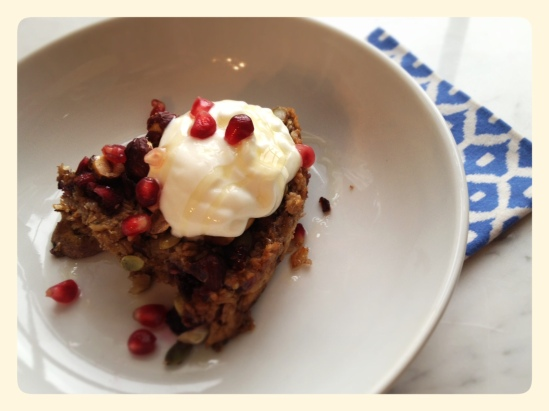Baked Oatmeal with Greek Yoghurt and Honey